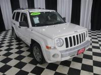 This 2007 Jeep Patriot 4dr 4WD 4dr Limited 4x4 SUV