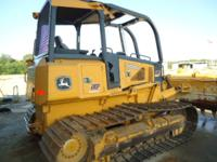 2007 John Deere 700J LGP Bulldozer with 6 way blade,
