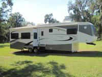 RV Type: Fifth Wheel Year: 2007 Make: KZ Model: Montego