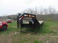 FOR SALE A 2007 KAUFMAN 40FT GOOSENECK TRAILER,