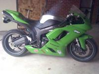 2007 Kawasaki Ninja zx-6r runs perfect mostly stock.