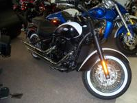 2007 Kawasaki Vulcan 900 Classic (Beautiful Bike) 10