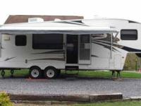 2007 Keystone Cougar 5th Wheel Like new condition.