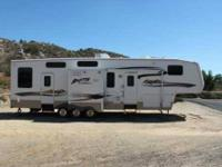 2007 Keystone Raptor 3712 5th Wheel This is a 5th wheel