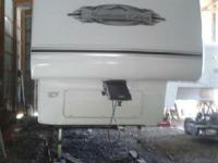 2007 Keystone Montana Mountaineer 344 RET . 2007 model