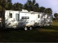 28ft Keystone Outback Kargoroo. Features front Toy Box