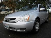 GREAT FOR THE FAMILY, RATED TOP MINIVAN IN 2007. ALSO,