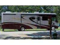 2007 Newmar Kountry Star. Version 3761-2S. Only 24K