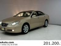 ***CARFAX CERTIFIED WITH SERVICE RECORDS***. ES 350,