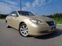 Extra clean 2 owner non smoker Lexus ES350 with Alloy