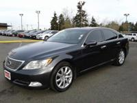 Clean CARFAX. Leather. 2007 Lexus LS27/19 Highway/City