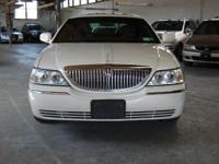 One Owner 2007 Lincoln Town Car Signature Limited in