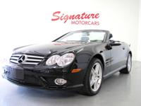 2007 Mercedes-Benz SL-Class SL550 Our Location is: Park