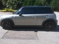 2007 Mini Cooper S turbo hatchback. Has 65221 miles.