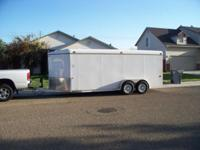 2007 Morgan Built 20' V- nose enclosed cargo trailer