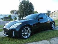 I WANT TO SELL MY LIKE NEW 350Z TOURING NISSAN FULLY