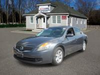 This  2007 Nissan Altima is in great mechanical and
