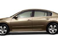 Come see this 2007 Nissan Altima 2.5 S. Its Variable