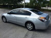 Selling my 2007 Altima, Auto, powerful and very