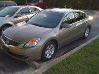 Good to very good condition 2007 Nissan Altima 3.5 SL.