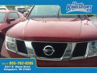 4WD!!!! 2007 Nissan Pathfinder SE in Red!!!! Hot