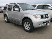 BEAUTIFUL SILVER METALLIC PATHFINDER WITH ALL THE
