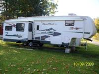 RV Type: Fifth Wheel Year: 2007 Make: Pilgrim