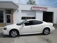 Exterior Color: white, Body: Sedan, Engine: V6 Cylinder