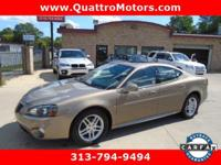 Leather, heated seats, sunroof. Look at this 2007