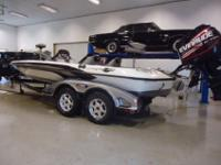 E-Tech 225 Evinrude OutboardNascar Edition - Signed by