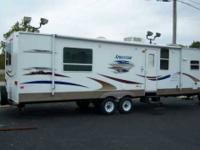 2007 KZ Sportsman 37, 3 slides, 38ft, exterior shower,