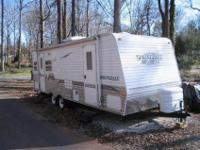 I am selling our 2007 Springdale Travel Trailer with