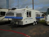 Super Clean 2007 StarCraft Travel Trailer!! It is a