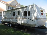 For sale is a 2007 Sunny Brook Sunset Creek 279RB