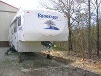 2007 Sunnybrook Brookside 5th Wheel. 34 x 8- 2 axle 5th