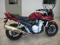 -LOW MILES!- This low mile Burgandy 2007 Suzuki GSF1250