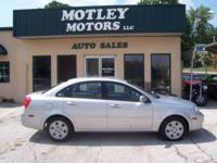 Options Included: N/A2007 Suzuki Forenza! Super Clean!