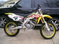 Description Full Financing Available!! 007 Suzuki RMZ