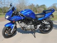 2007 Suzuki SV650S This is a really good blue 2007