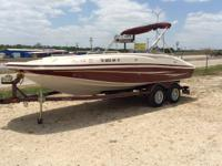 Near New Condition 2007 Tahoe 215 I/O Deck boat, seats