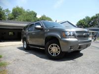Here's the story on this Tahoe 2007 Gray 4WD LT with