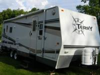 2007 TERRY TRAVEL TRAILER Model 250RLS. Full fiberglass