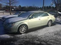 Silver Pine Mica 2007 Toyota Avalon Limited FWD 5-Speed