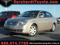 We are delighted to offer you this 2007 Toyota Avalon