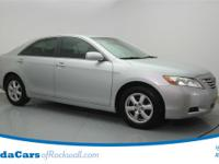 CLEAN CARFAX and ONE OWNER. 2007 Toyota Camry Base CE,