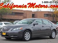 Spick-and-span 2007 Toyota Camry Hybrid, automatic,