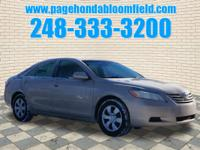 Exterior Color: beige, Body: Sedan, Engine: 2.4L I4 16V