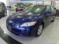 A  traditional best-seller! Meet our 2007 Toyota Camry