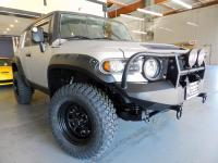 AWESOME LOOKING Toyota FJ Cruiser!!!! ALWAYS GARAGED IN