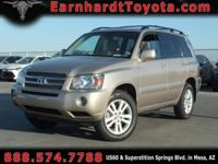 We are happy to offer you this 2007 Toyota Highlander